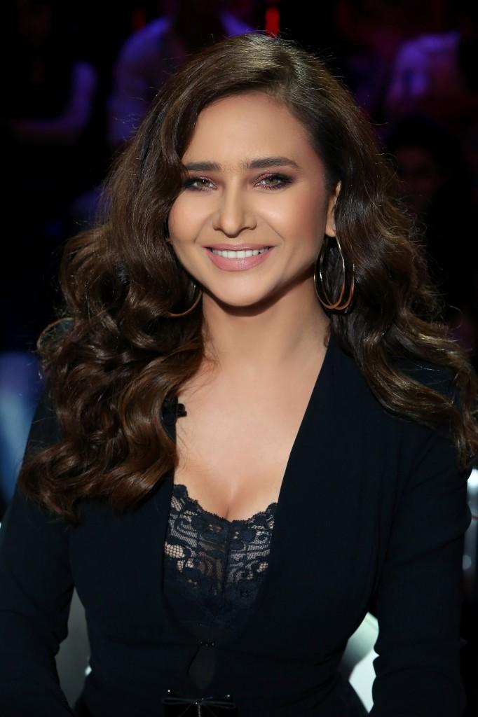 MBC1 - Al Hokom - Nelly Karim (1)