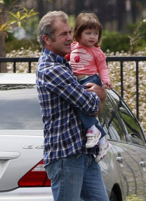 mel_gibson_daughter_lucia