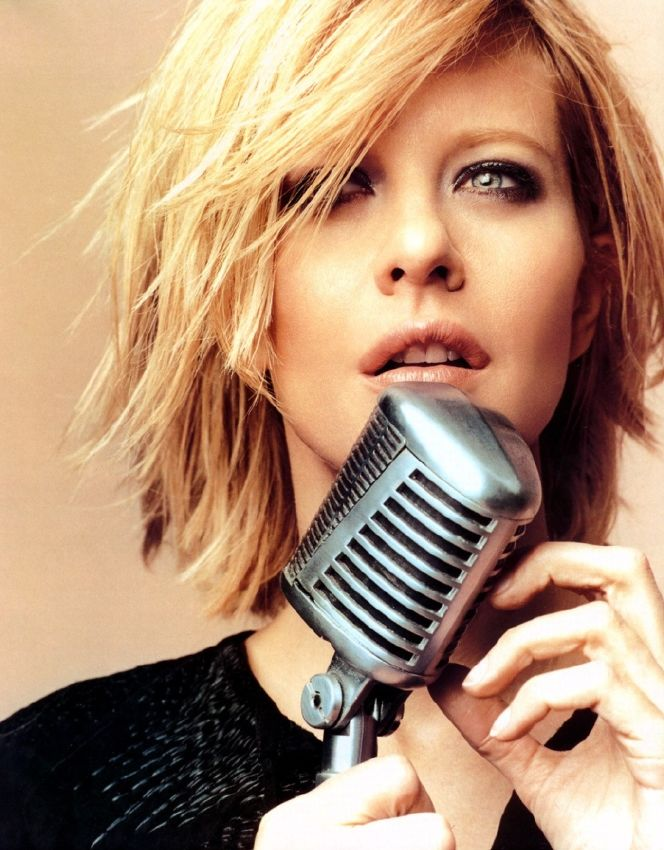 resized_meg-ryan-17594