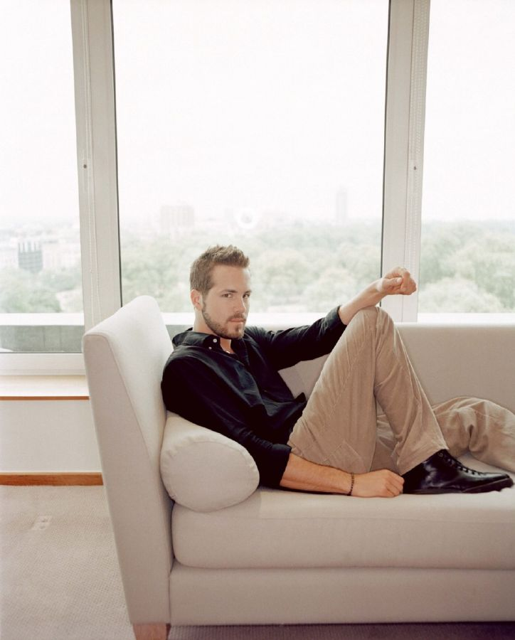 resized_ryan-reynolds-77983