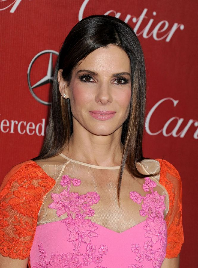 resized_sandra-bullock-at-2014-palm-springs-film-festival-awards-gala_1