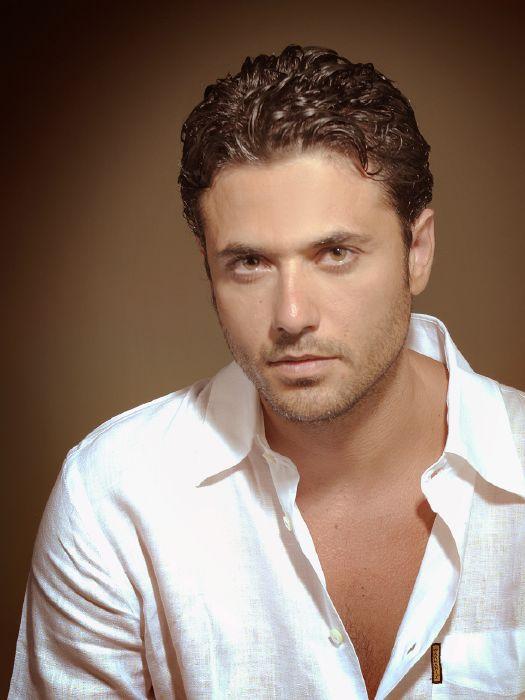 أحمد عز (2)