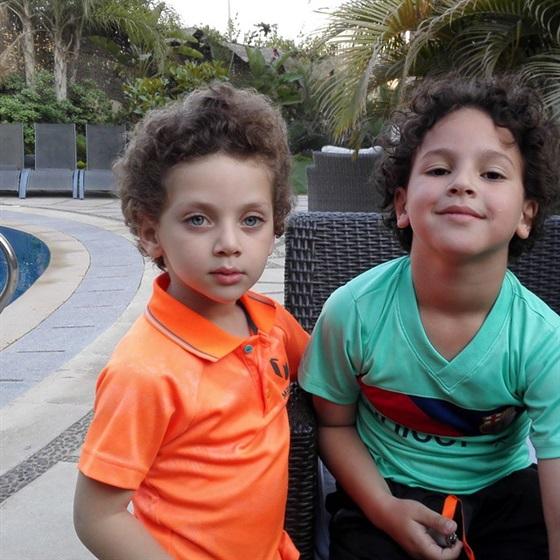 ابناء احمد رزق (3)