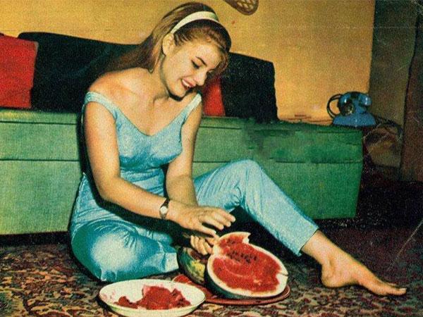 البطيخ قصة غرام مع النجوم (2)