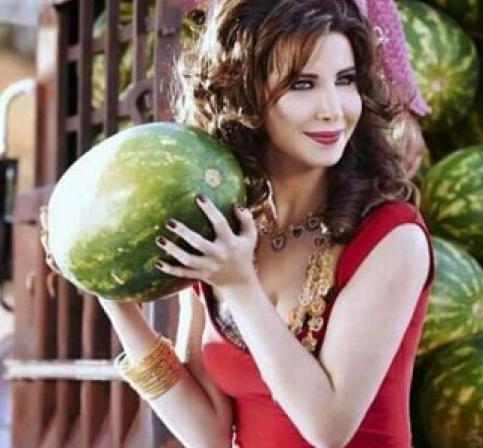 البطيخ قصة غرام مع النجوم (7)