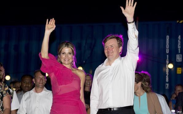 الملكة ماكسيما تحتفل في جزر الأنتيل الهولندية (3)