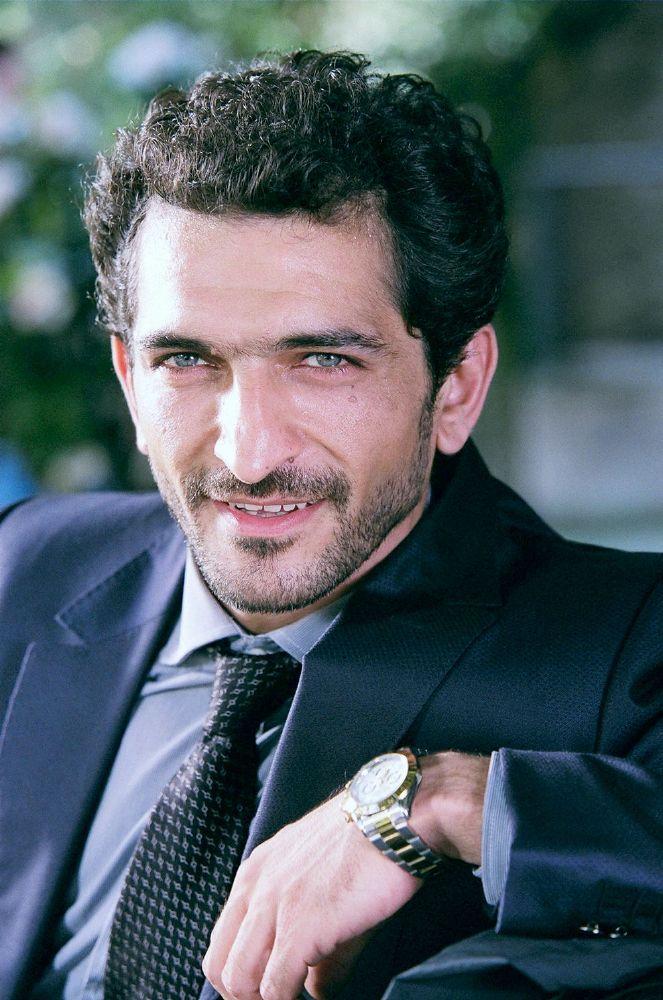 عمرو واكد (1)