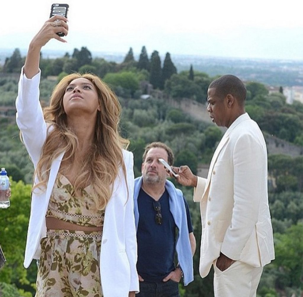 Beyonce-Blue-Ivy-Italian-Vacation-Pictures (7)