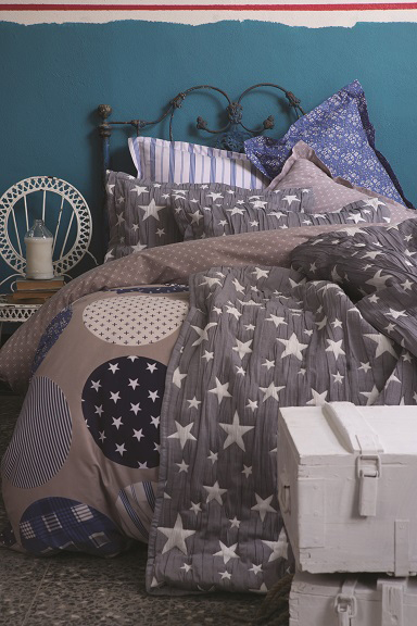 Gatsby Blue Duvet Cover Set with Bed Spread (5PCS)- size single (Retail Price 299 AED)