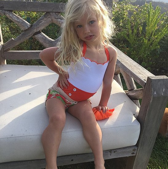 Jessica-Simpson-posted-adorable-poolside-picture-her-daughter