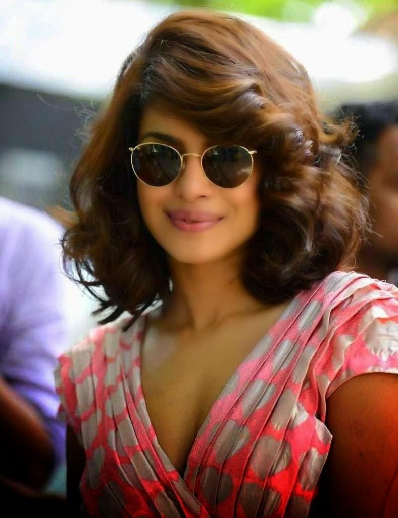 Priyanka Chopra Glamor Stills Photos 2015 at Dil Dhadakne Do Hindi Movie Music Launch014