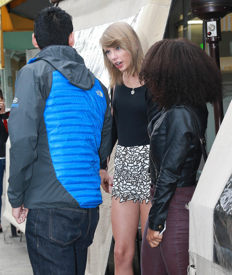 Taylor Swift Lunches In West Hollywood