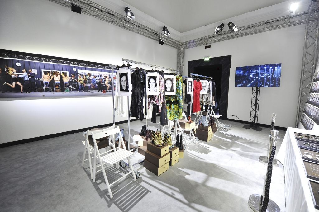 resized_06_Exhibition Series 2 Roma