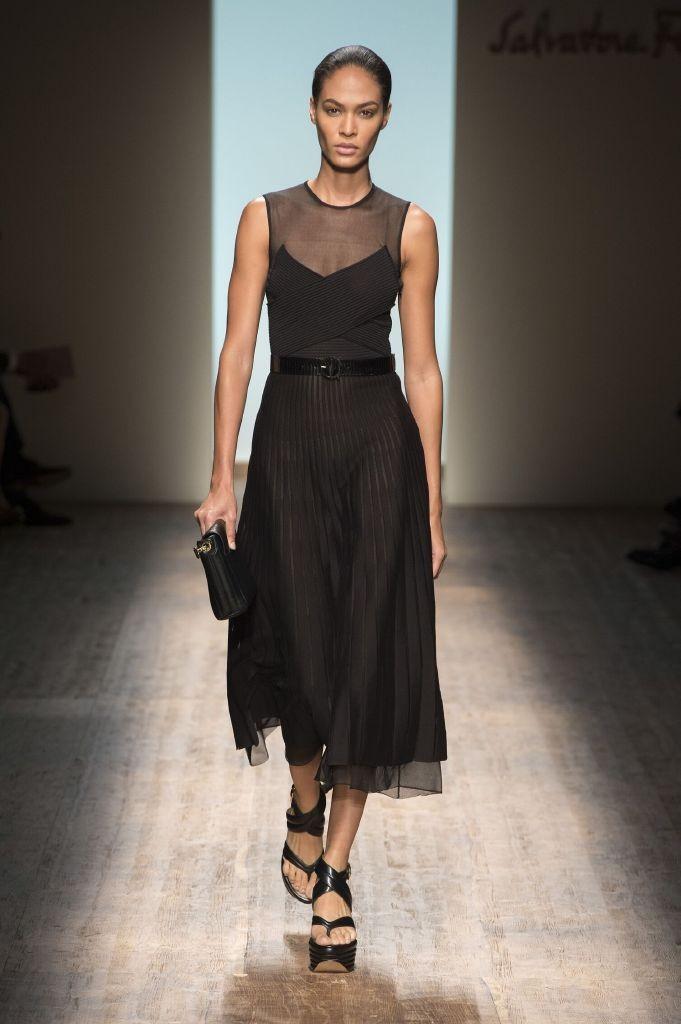 resized_Catwalk-Salvatore-Ferragamo-Woman-Fashion-Show-Summer-2015