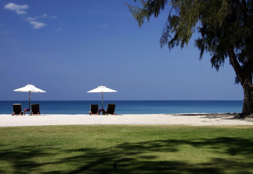 resized_Dusit Thani Laguna Phuket - Beach