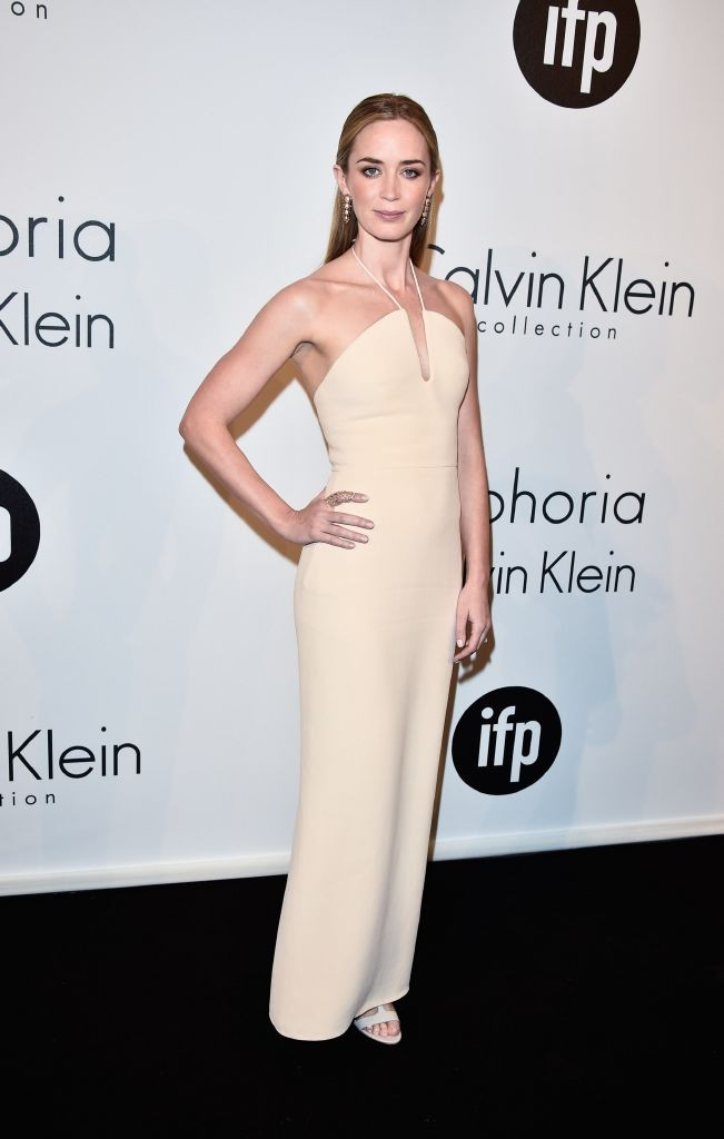 resized_Emily Blunt wearing Salvatore Ferragamo nude lizard and suede T-strap sandals - 68th Cannes Film Festival