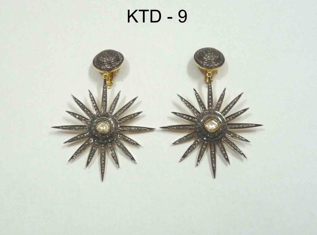 resized_KTD 9 STAR EARRING