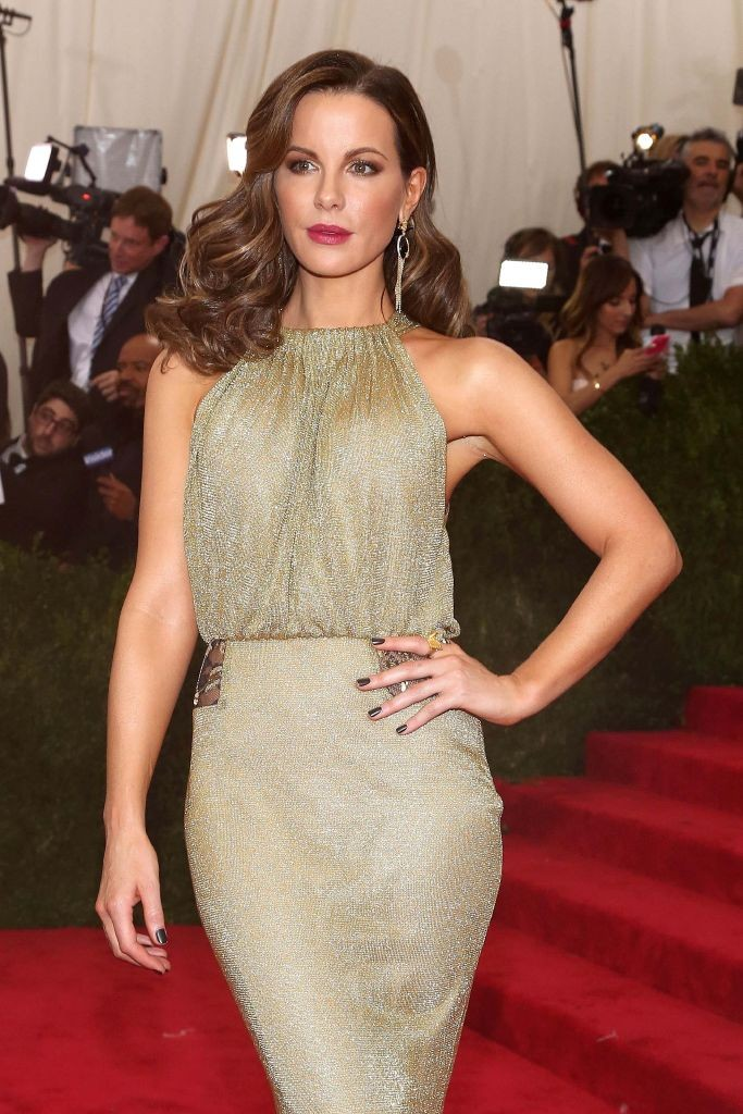 resized_Kate Beckinsale Wearing Carrera y Carrera at the Met Gala