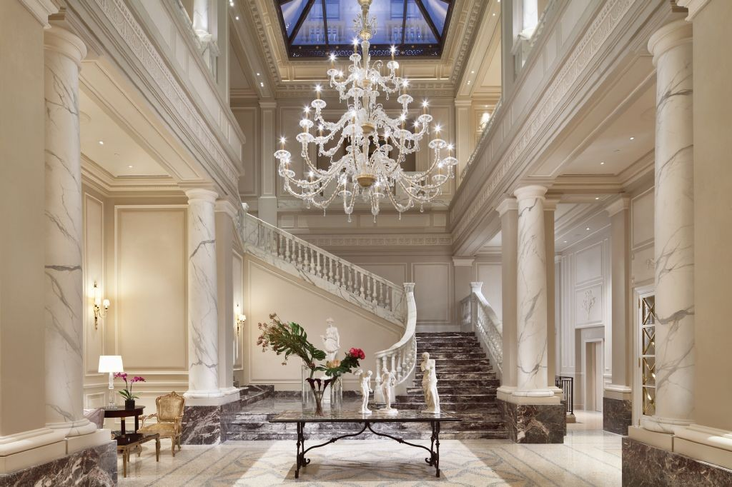 resized_Lobby Palazzo Parigi 2