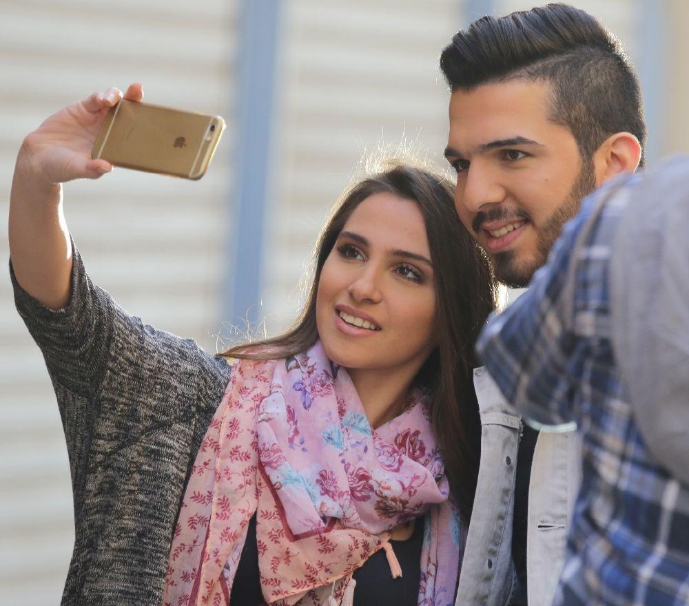 resized_Platinum Records - Arab Idol Season 3- Duo US Tour- Hazem Sharif  Video Clip Shou Amli (3)