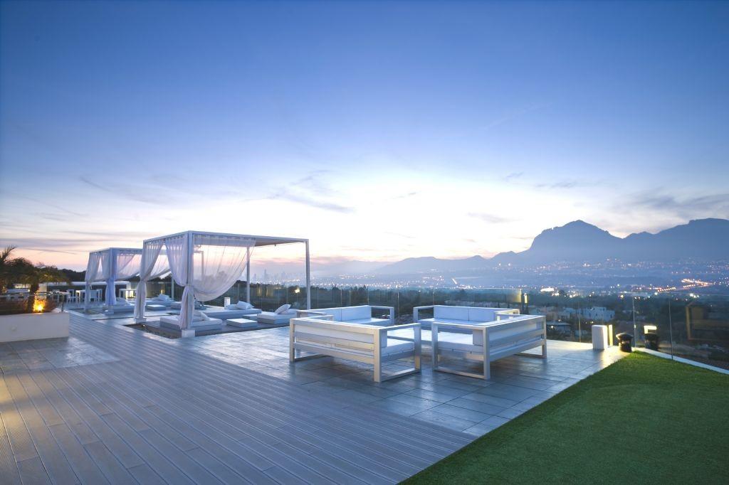 resized_SHA Privé terrace 02