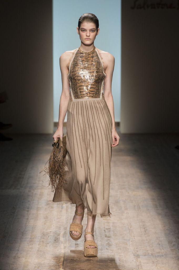 resized_Salvatore-Ferragamo-SS-2015-Womenswear