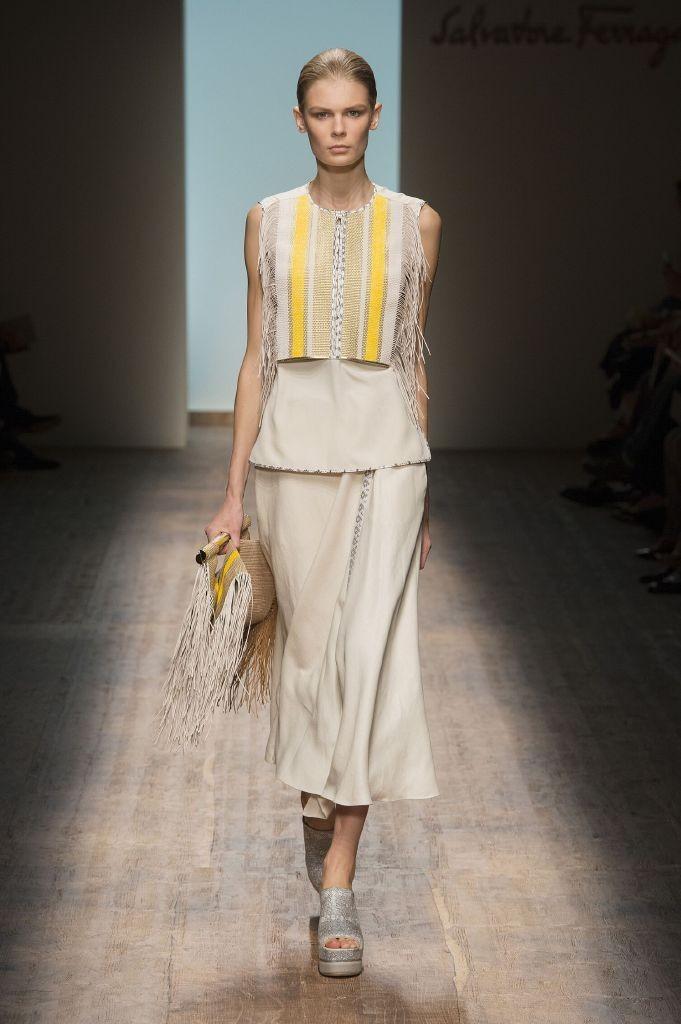 resized_Spring-2015-Woman-Fashion-Show-Salvatore-Ferragamo