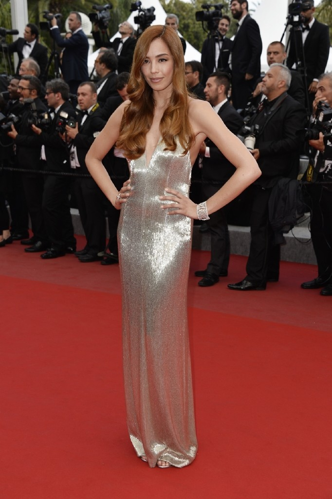 resized_red-carpet-pictures-11