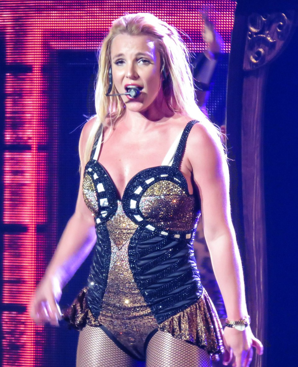 INF - Britney Spears Declares Her Love For New Boyfriend Charlie Ebersol at Las Vegas Show