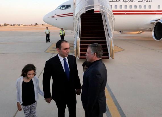 استقبال ملكي للأمير علي بن الحسين (3)