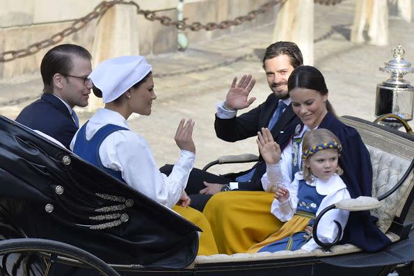 الأميرة مادلين ترتدي الزي التقليدي للسويد (3)