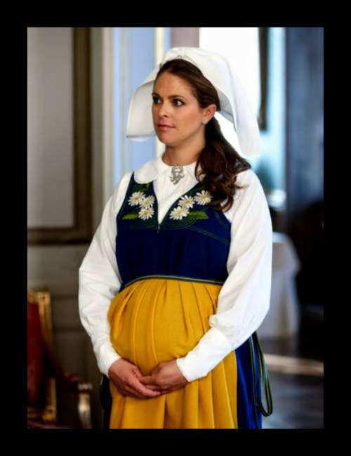 الأميرة مادلين ترتدي الزي التقليدي للسويد (5)