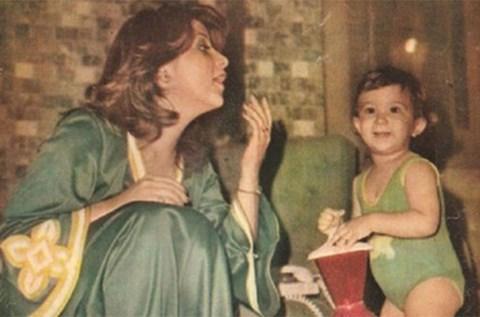 بوسي-وابنتها-مي-نور-الشريف