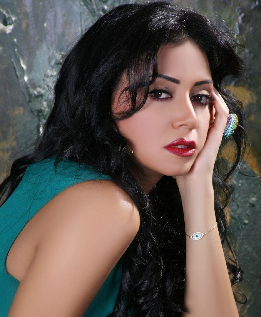 رانيا-يوسف-844x1024