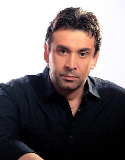 كريم عبد العزيز (1)