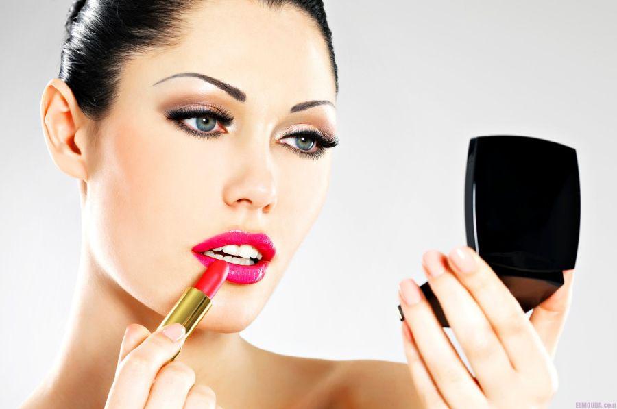 Lipstick and women