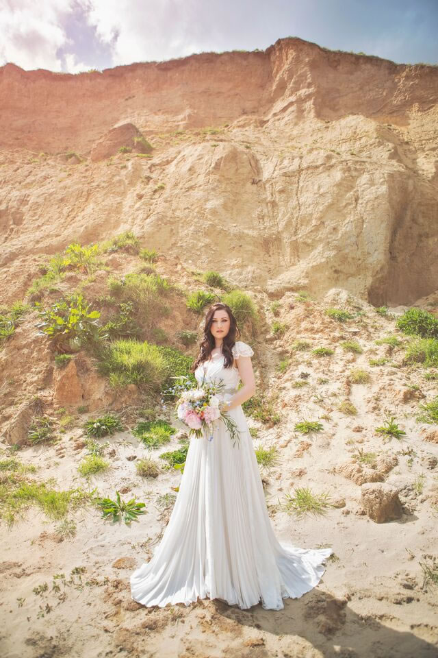 beach-bride-photoshoot-jessicaelisze.co_.uk16