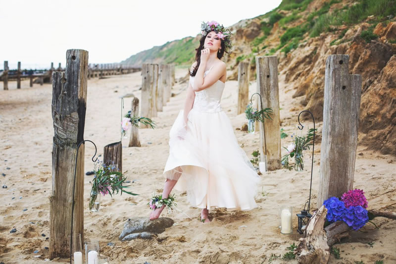 beach-bride-photoshoot-jessicaelisze.co_.uk21