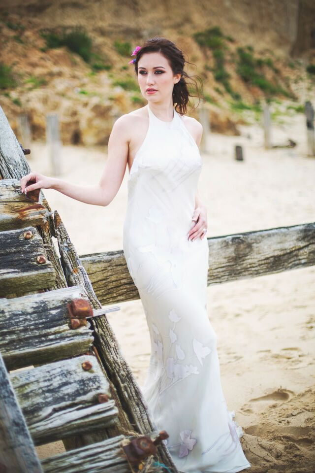 beach-bride-photoshoot-jessicaelisze.co_.uk5_