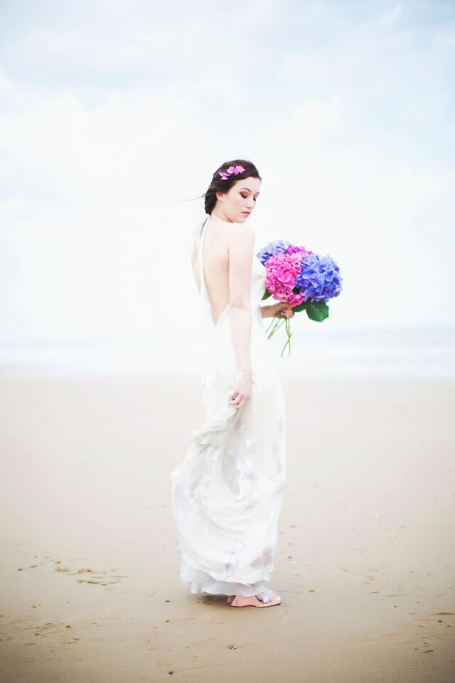 beach-bride-photoshoot-jessicaelisze.co_.uk8_