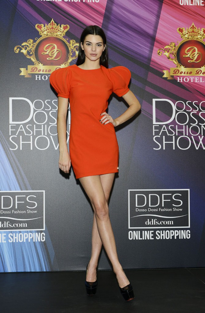 kendall-jenner--dosso-dossi-3-w724