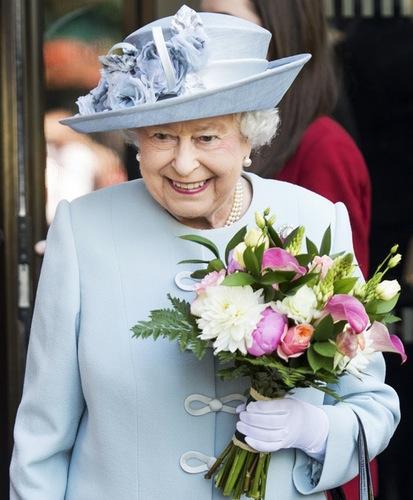 queen-elizabeth (1)