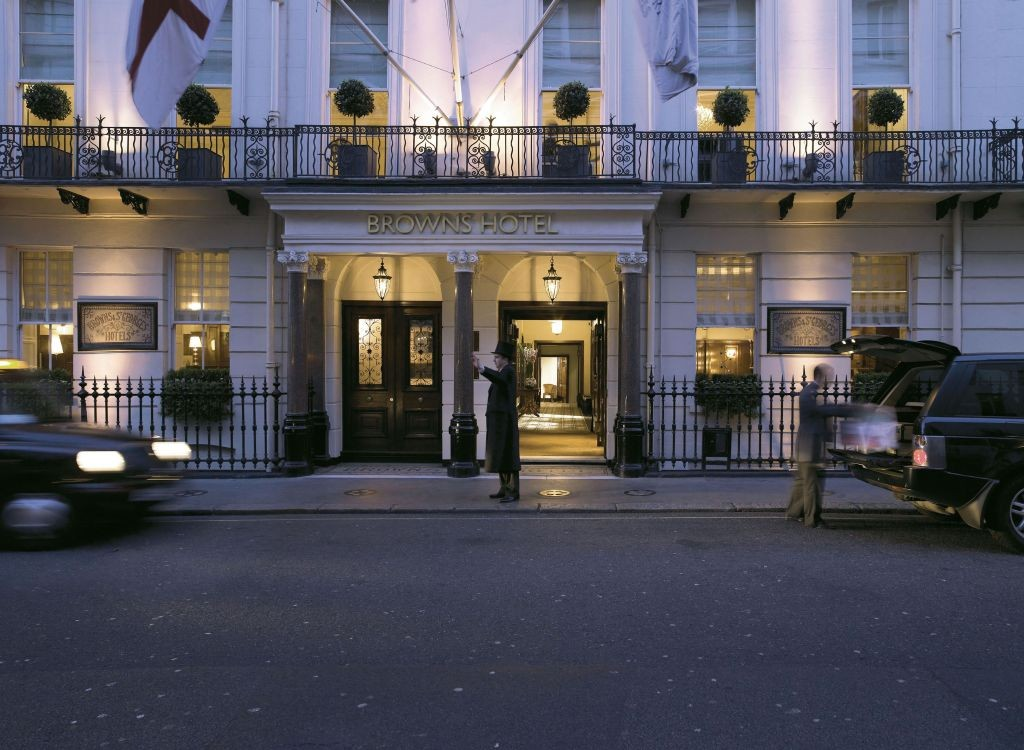 resized_Brown__s-Hotel-London-__-Hotel-Exterior-2077