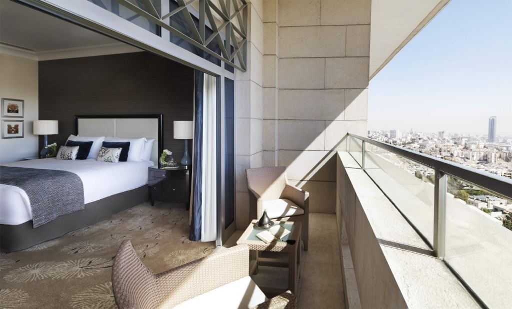resized_FSHR Amman - Deluxe Four Seasons Executive Suite