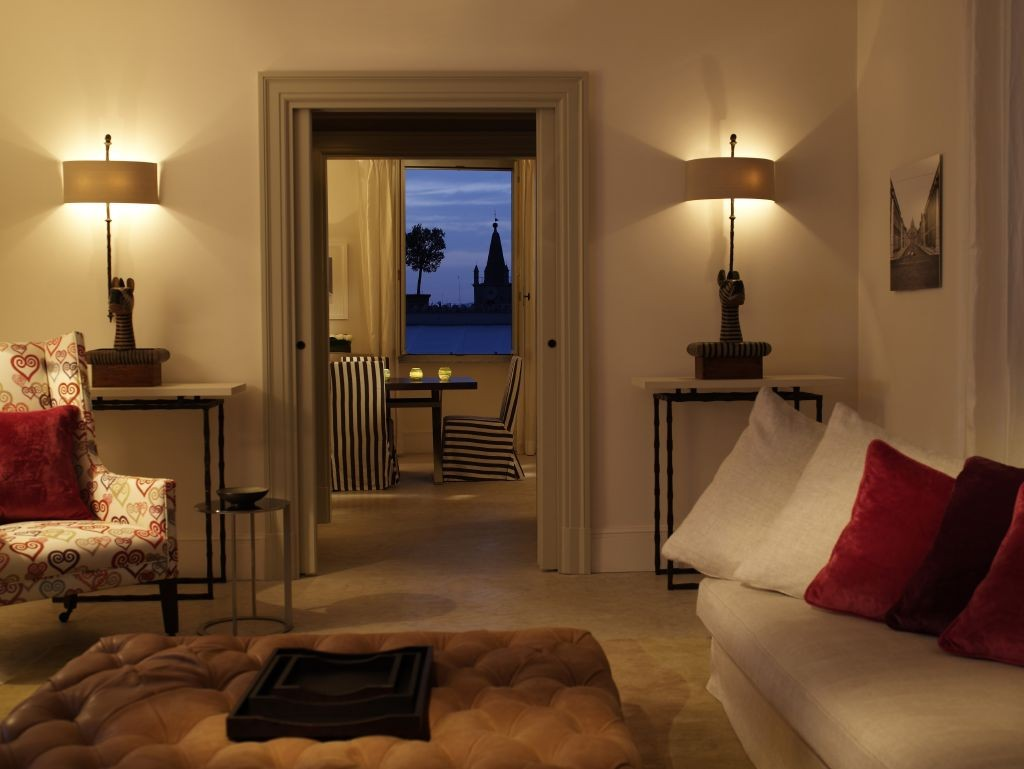 resized_Hotel-de-Russie-Rome-__-The-Nijinsky-Suite-2172