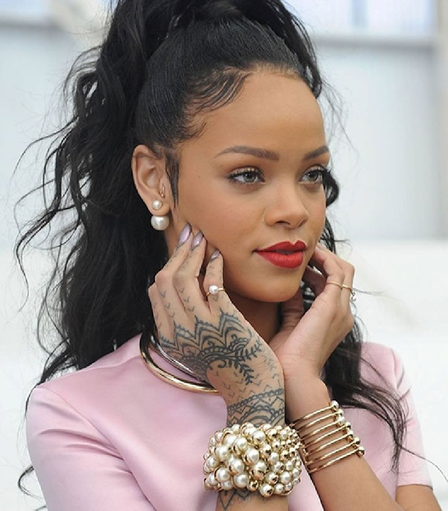 resized_Rihanna - Jewelry