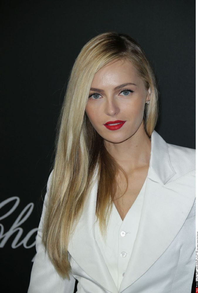 resized_valentina-zelyaeva-chopard-backstage-party-2014-cannes-film-festival_3