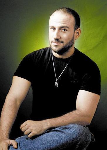 أحمد مكى (3)