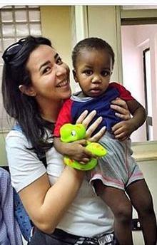 إيمي سمير غانم مع أطفال دار الأورمان (2)