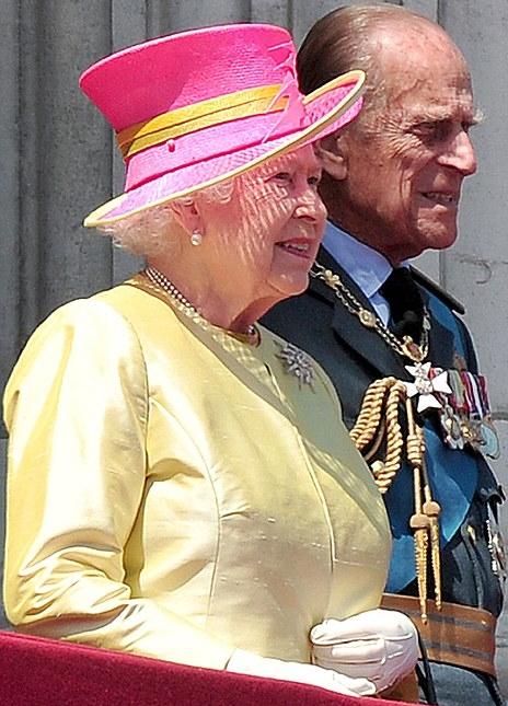الملكة إليزابيث تحي المحاربين القدامى في الذكرى الخامسة والسبعين  (19)